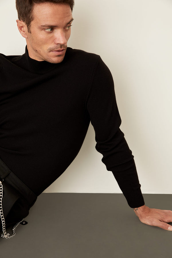 Slim Fit Half Turtle Neck Long Sleeve Tricot Pullover - Black