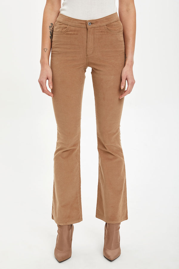 Flare Fit Regular Waist Flare Hems Woven Trousers - Brown