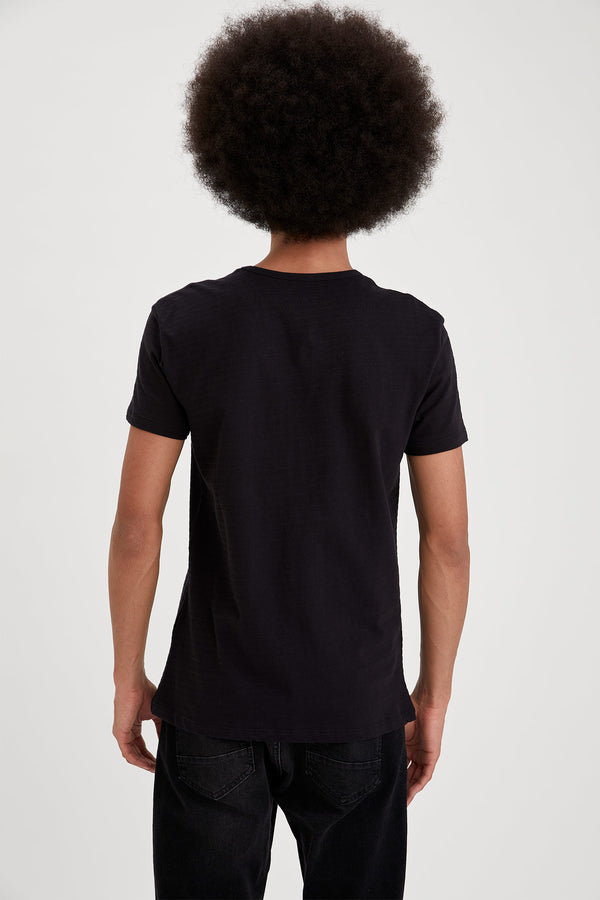 Slim Fit Crew Neck Short Sleeve Knitted T-Shirt - Black