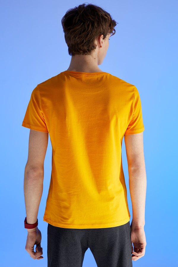 Slim Fit Crew Neck Short Sleeve Knitted T-Shirt - Yellow