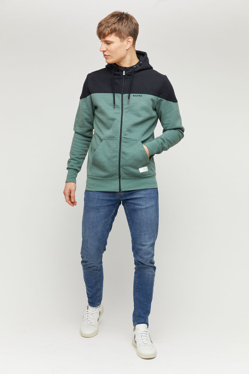 Neston Heavy Zipper