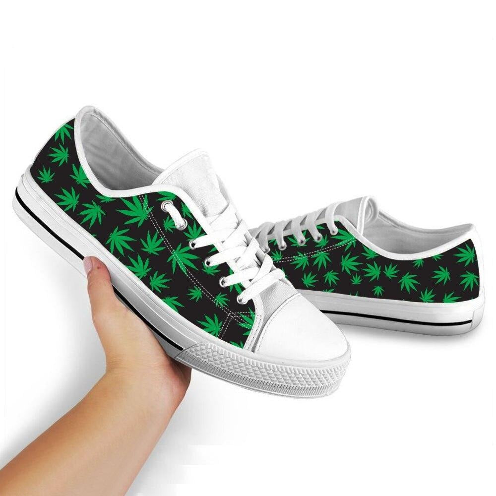chaussure weed <br> tennis petites feuilles de cannabis