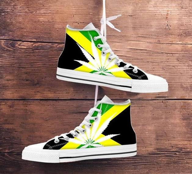chaussure weed <br> white weed rasta flag