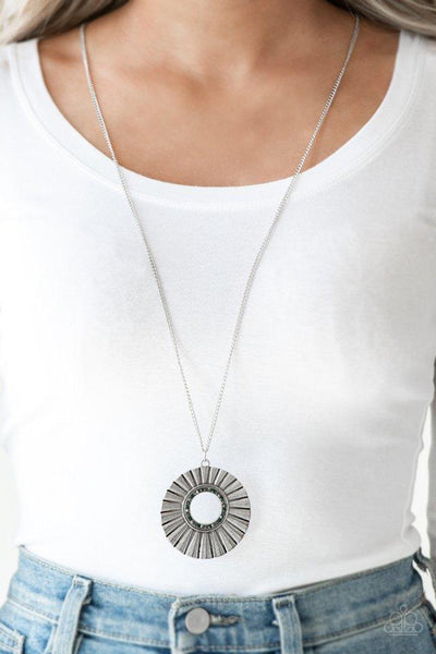 Chicly Centered - Multi - Paparazzi Necklace