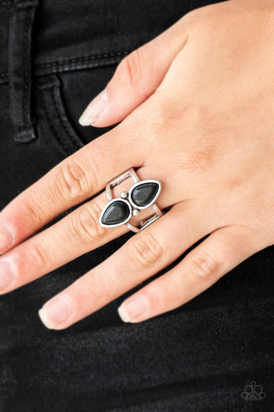 Paparazzi - Simply Saharan - Black Ring #3752