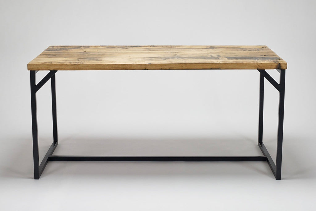 The reclaimed wood oak on our Deben table has a natural warmth