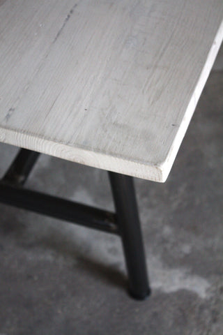 With a reclaimed wood table top and steel legs the Kenton has natural good looks