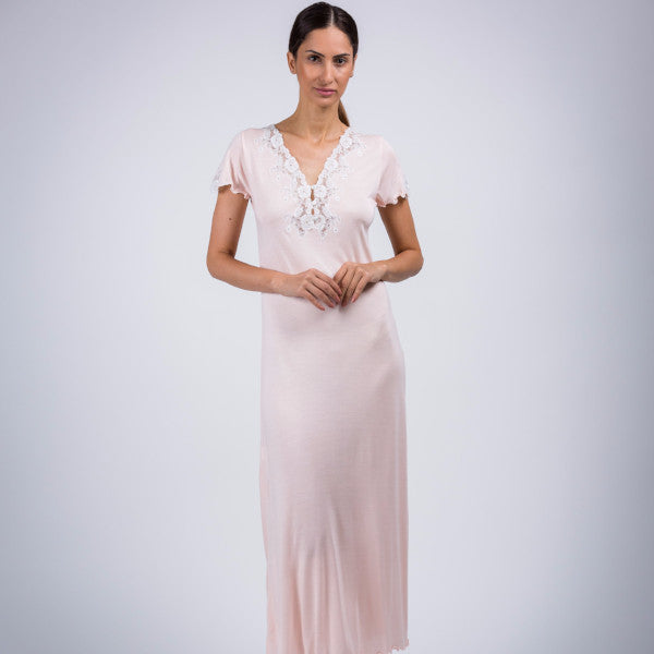 BEM Lace Décolletage Full Night Gown