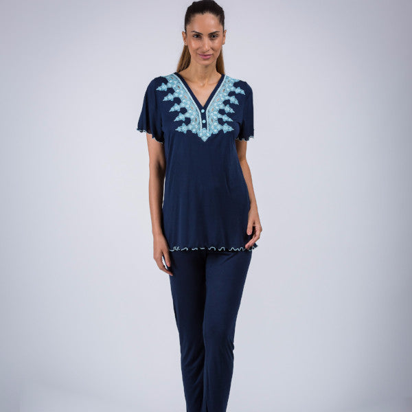 BEM  Lace Décolletage Jersey Pajama with Scented Candle