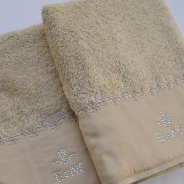 Dantelle Cotton Guest Towel with Flower Embroidery Tip by David Home