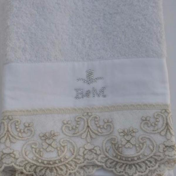 Chantal Cotton Hand Towel with Lace Embroidery by David Home