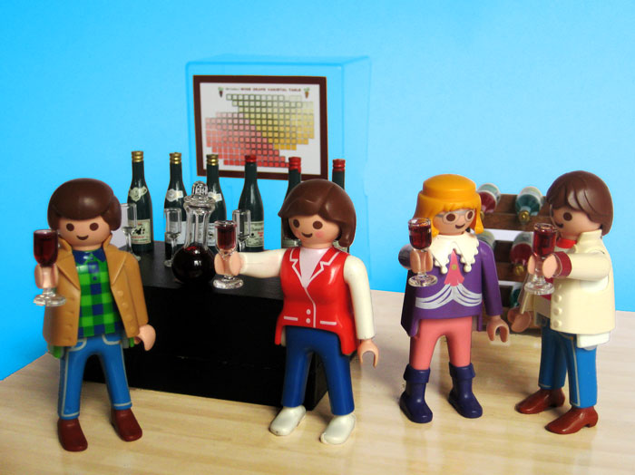 Robert Parker, Andrea Immer Robinson, Jancis Robinson and Gary Vaynerchuk hanging out at the Playmobil wine bar.
