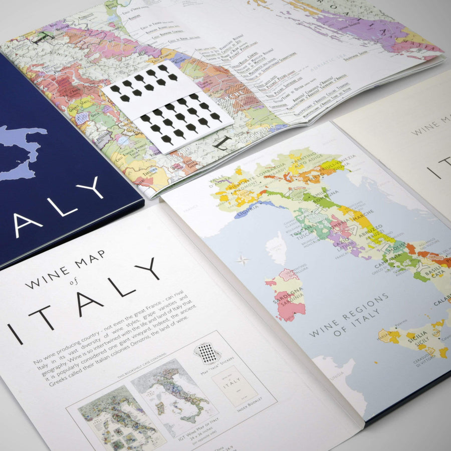 Wine Map of Italy - Bookshelf Edition open