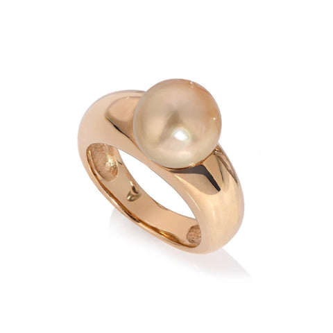 18ct Yellow Gold Pearl ring with golden South Sea Pearl