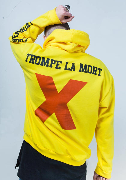 Yellow hoodie by Polystyren. Photo: Matthieu Lapierre
