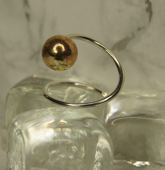 9ct Yellow Gold Bobble Adjustable Ring