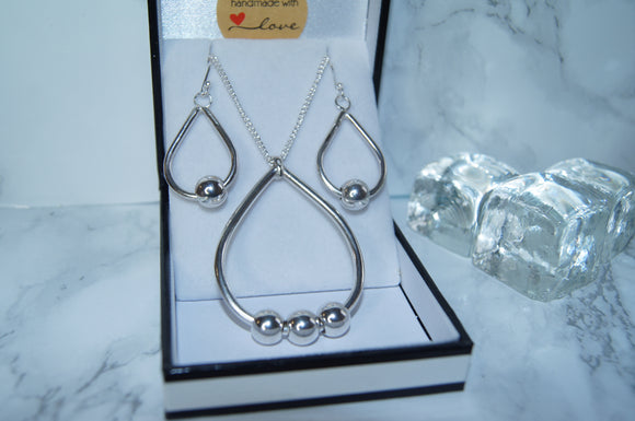 Pear Drop Necklace & Earring Set