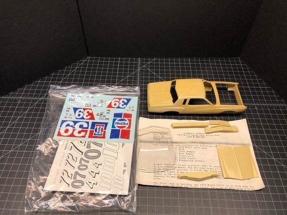 1/25 JNJ 1974 Monte Carlo resin body for conversion in bag