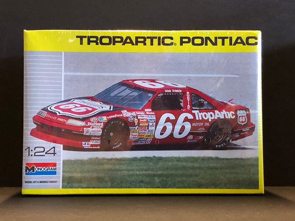 1/24 Monogram Dick Trickle #66 TropArtic Pontiac