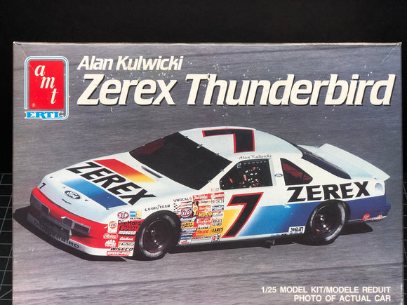 1/25 AMT Alan Kulwicki #7 Zerex Thunderbird Stock Car (1990)