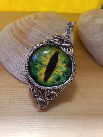 Green Dragons Eye