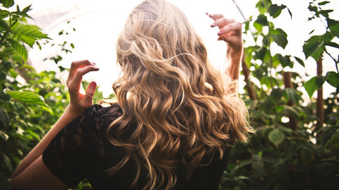 how to use hair dryer brush for curls