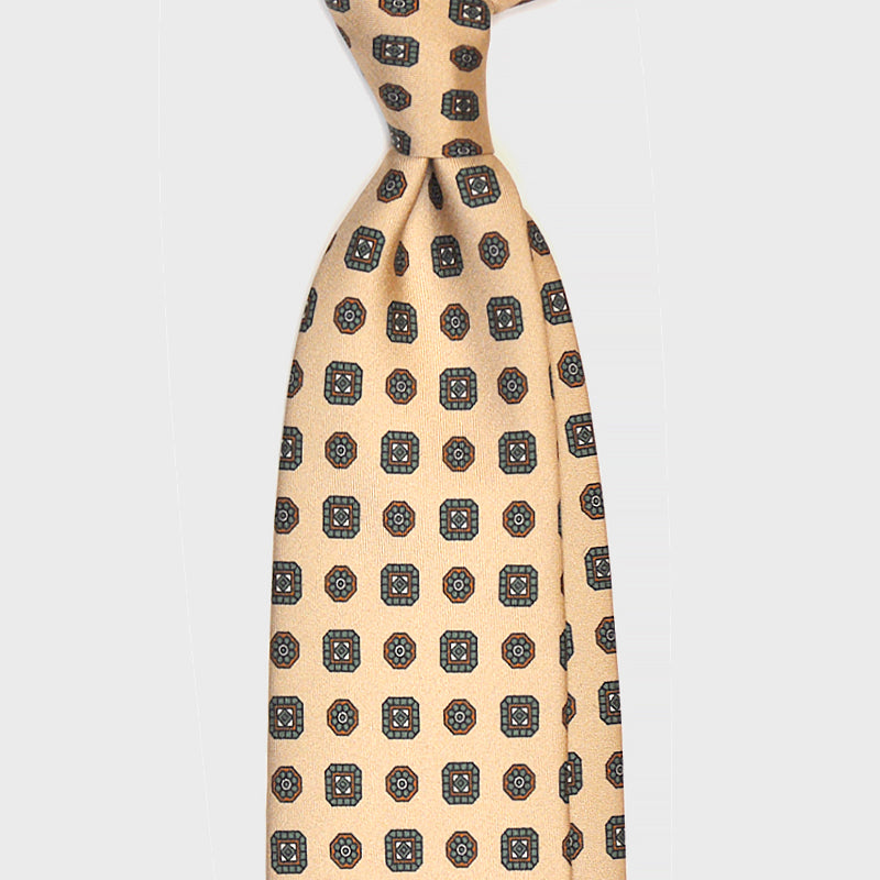 F.Marino Handmade 3-Fold Untipped Diamond Silk Tie Cream