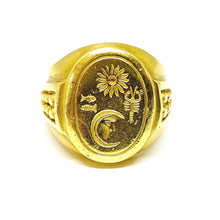 Load image into Gallery viewer, Heavy Kieselstein Cord Signet Ring in 18k