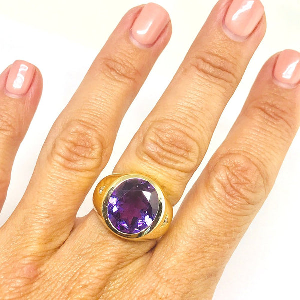 Color Change Amethyst & Diamond Ring in 14K