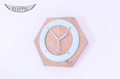 Hexagonal Seal Clock