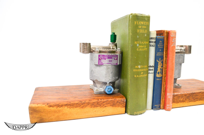 Motor Hydra Pump bookends