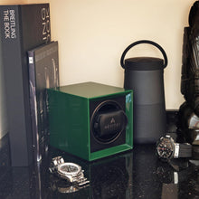 Load image into Gallery viewer, Watch Winder for 1 Automatic Watch in Green Mains or Battery by Aevitas