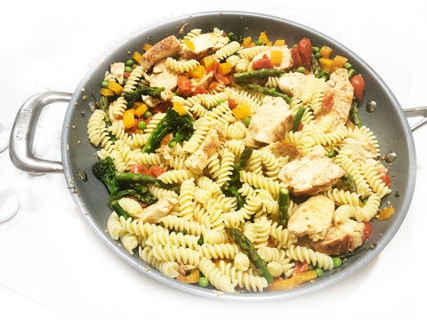 adding chicken and pasta to pasta primavera in 12 1/2 inch induction 21 ceramic coated fry pan