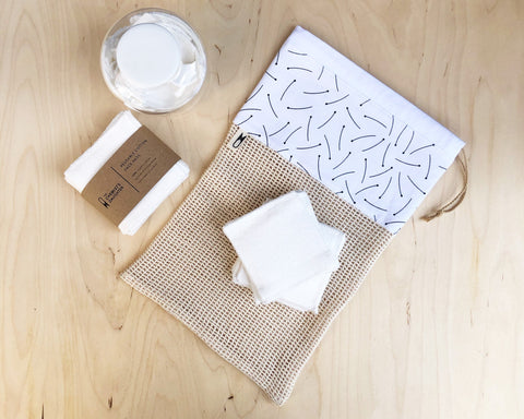 BUNDLE - 20 Wipes + Wash Bag