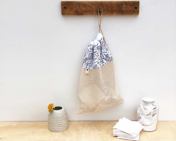 Cotton Wash Bag | Divots