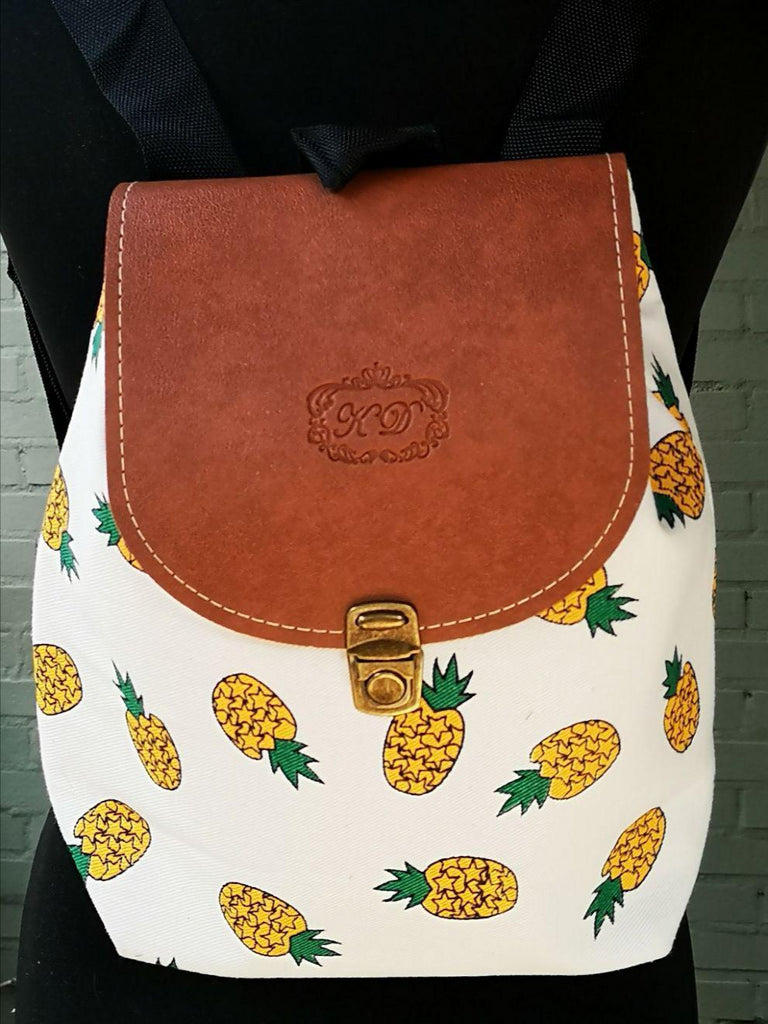 Fruit design collection - rucksack with leather flap - Pineapple
