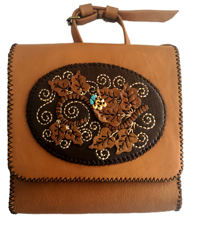 Wualai hand-stitched leather shoulder bag (2)