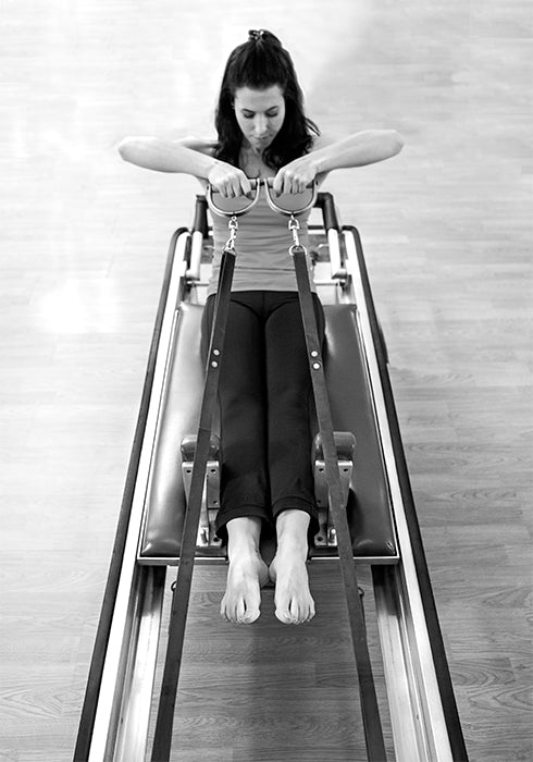 Gratz Gallery | MeJo Wiggin performing the Rowing Series on the Universal Reformer