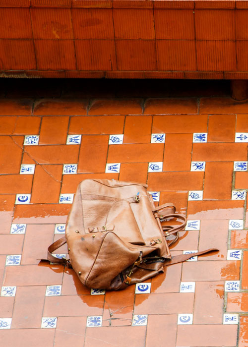 Can Leather Bags Get Wet?