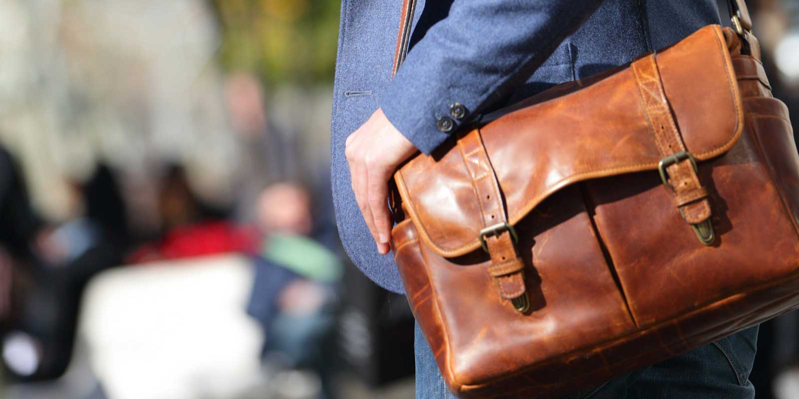 Different Ways to Wear Satchel and Messenger Bag