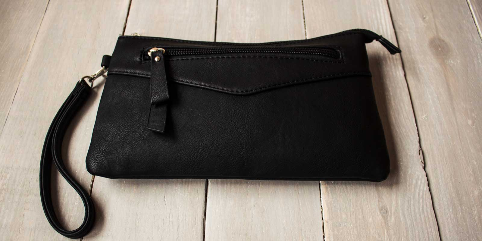 What Are Clutch Bags Used For?