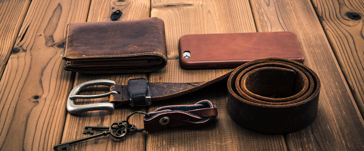 Free Leather Wallet & Keychain