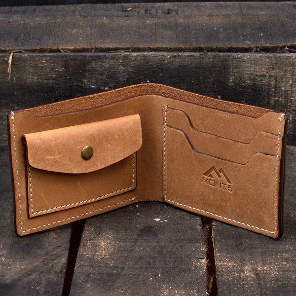 Altit Tan Bifold Leather Wallet