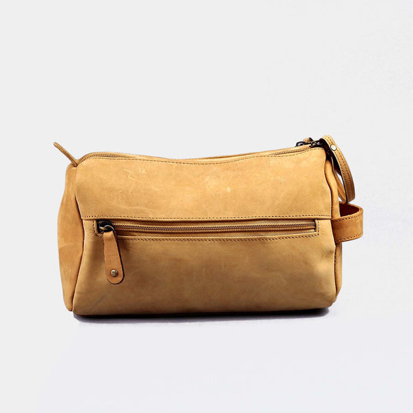 Bagrot Tan Women Toiletry Bag