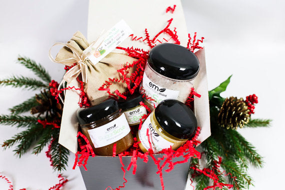 Holiday Spa Gift Box Deluxe