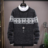 NEW Men's sweater Autumn Winter New Casual Christmas Sweater Man Plush pattern Thicken Knitted Pullovers Fashion Slim Fit Male