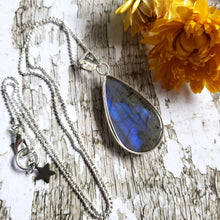 "Load image into Gallery viewer, ""It's a Felds-party!"": Blue Labradorite Necklace (H)"