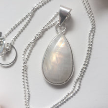 "Load image into Gallery viewer, ""It's a Felds-party!"": Rainbow Moonstone Necklace (K)"