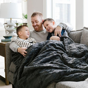 Saranoni Charcoal Extra Large Throw Blanket