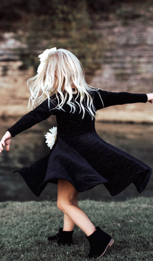 Kendyl Velvet Twirly Dress Black